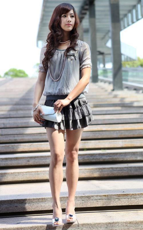 裙长和年龄的关系-新闻内容-博雅模特经纪有限公司