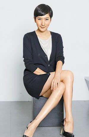 更无法展现完美腿部线条,她笑说,也许大家会觉得模特儿坐姿很累,但
